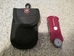 New! VICTORINOX SWISS ARMY Tool with Clip-On Case for golfer